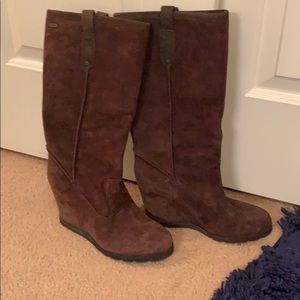 Ugg chocolate suede wedge boots